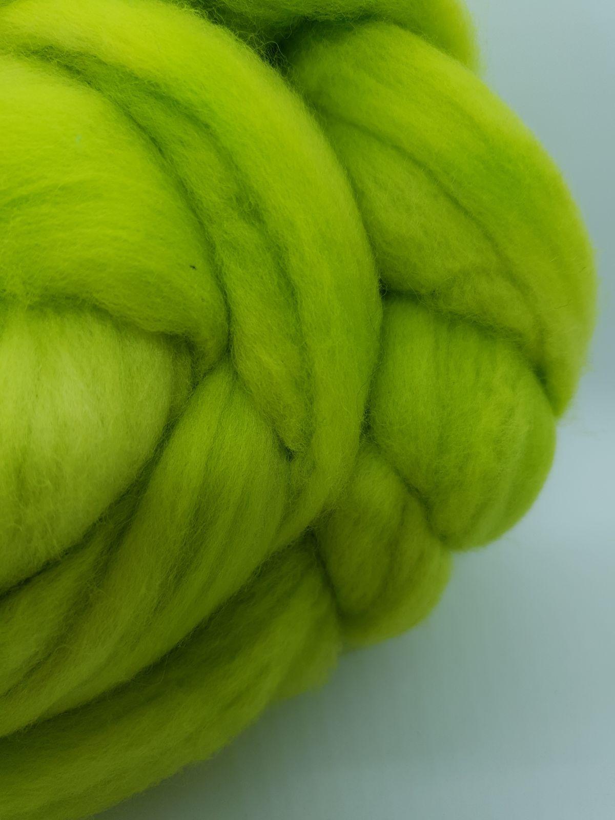Slime Lime roving