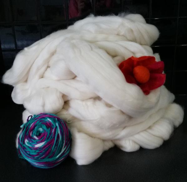 1 KG Undyed Wool